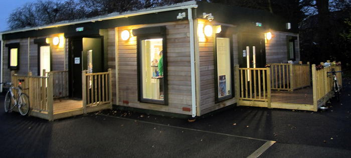 Cafe and court booking at Ridgeway Park
