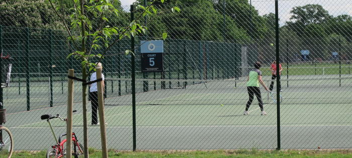 Pitshanger Park - tennis in a beautiful setting