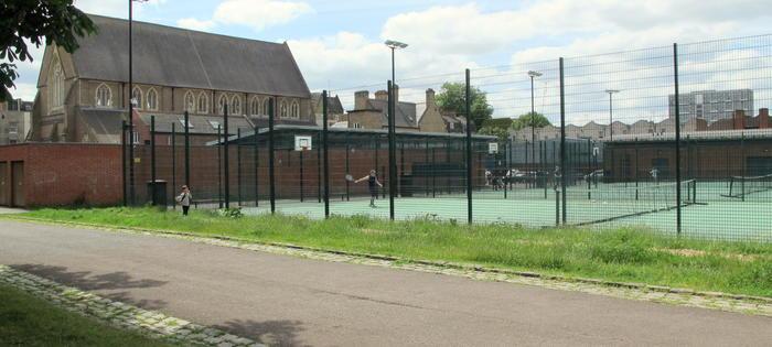 Haggerston Park courts