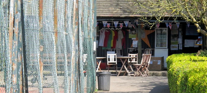 Go shopping in Wandsworth Common