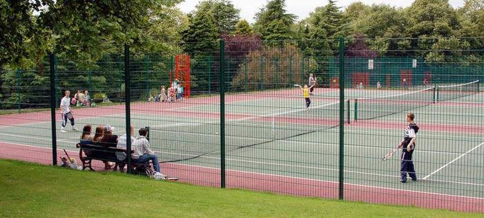 Longton Park - perfect for a hit