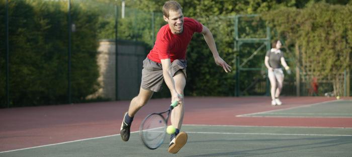 Tennis at Queens Park