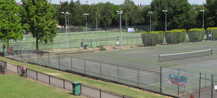 A great variety of courts and floodlights